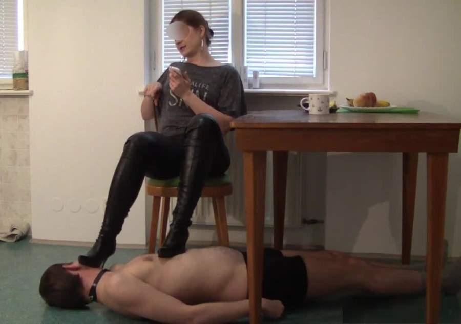 Mistress cerca slave per trampling a Firenze